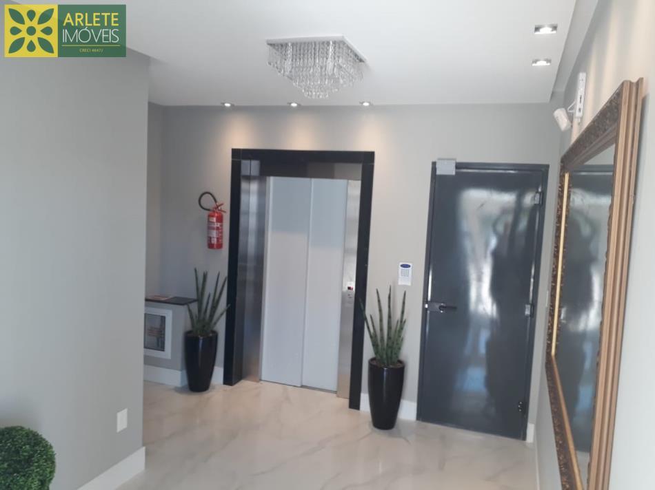 10 - Hall de corado de apartamentos à venda no Perequê/Porto Belo/SC
