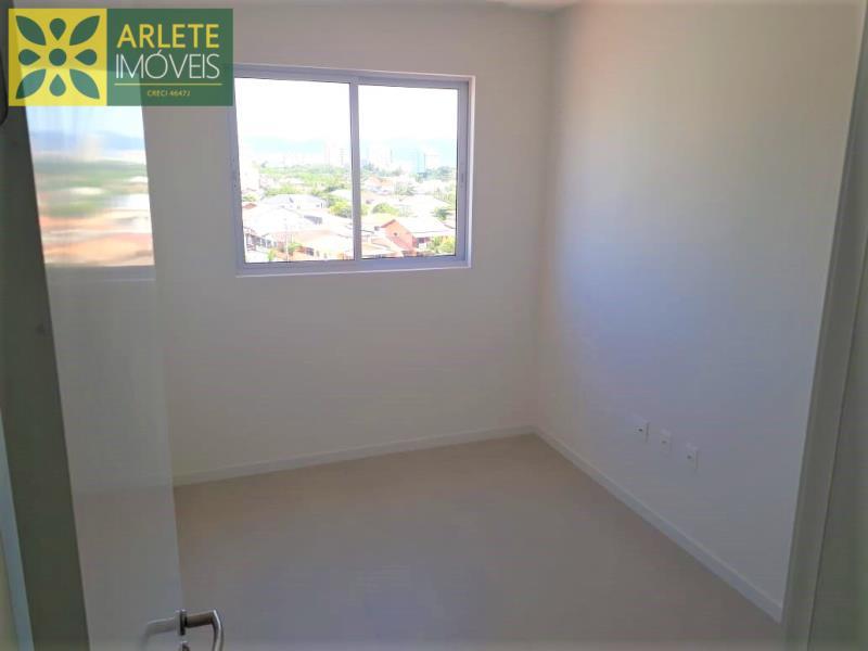 18 - Suíte de apartamento à venda, no Perequê/Porto Belo/SC