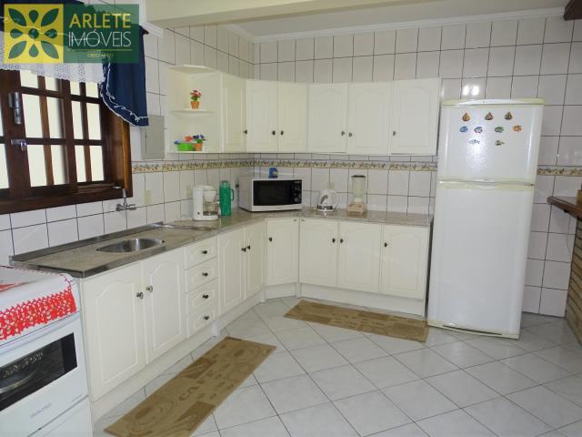 Apartamento-Codigo-405-a-Venda-no-bairro-Bombas-na-cidade-de-Bombinhas