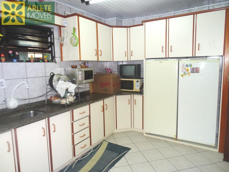 10 - cozinha imóvel locação porto belo