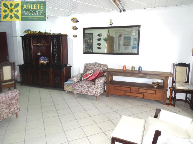 12 - sala de estar imóvel locação porto belo