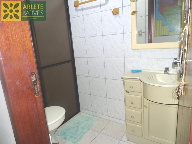 13 - banheiro imóvel locação porto belo