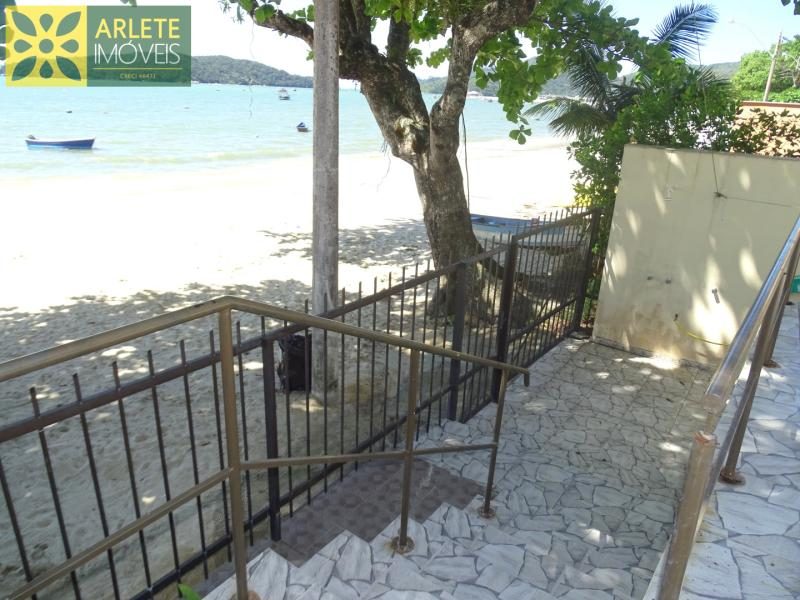20 - praia central imóvel locação porto belo