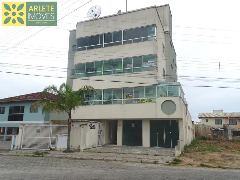 Apartamento Codigo 223 para Temporada no bairro Perequê na cidade de Porto Belo