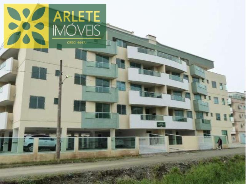 Apartamento Codigo 436 para Temporada no bairro Bombas na cidade de Bombinhas