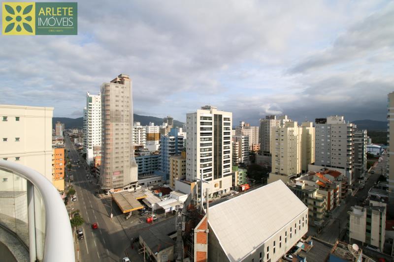 Apartamento Codigo 2121 a Venda no bairro-Meia Praia na cidade de Itapema