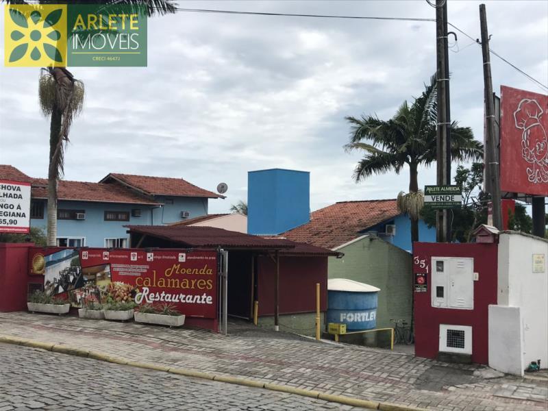 Casa Codigo 1532 a Venda no bairro-Centro na cidade de Bombinhas