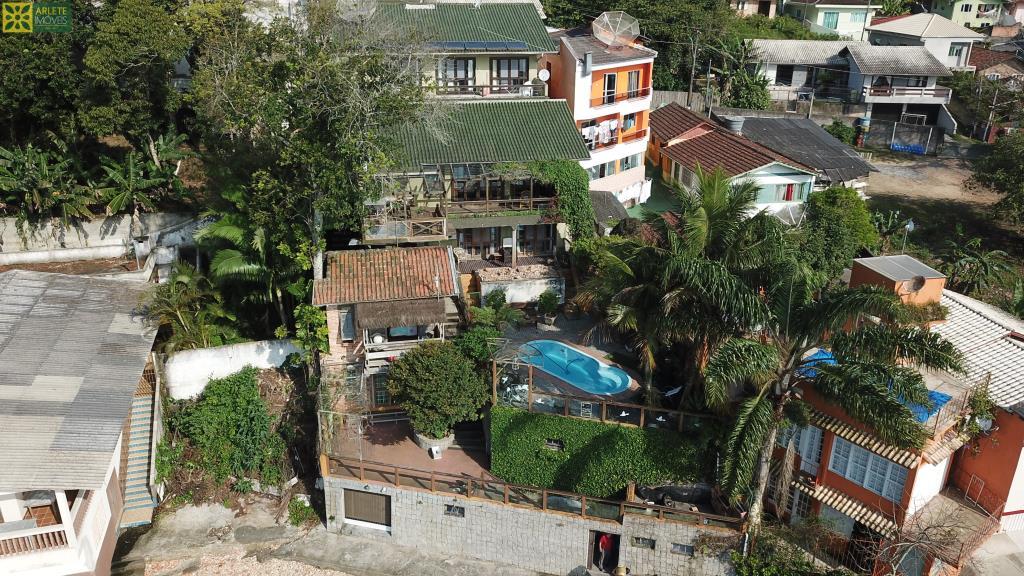 Casa Codigo 254 a Venda no bairro-Araça na cidade de Porto Belo