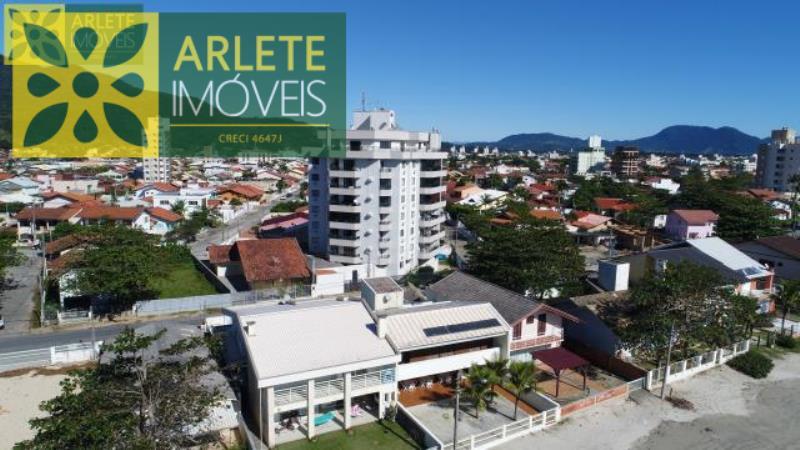 Apartamento Codigo 263 para Temporada no bairro Perequê na cidade de Porto Belo