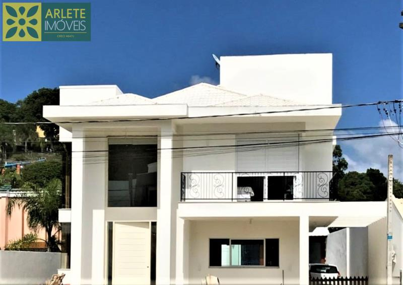 Casa Codigo 183 para Temporada no bairro Centro na cidade de Porto Belo