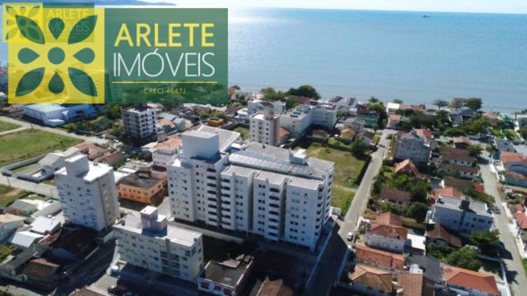 Apartamento Codigo 268 para Temporada no bairro Perequê na cidade de Porto Belo