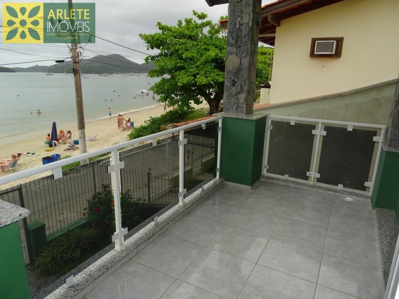11 - varanda casa beira mar locação centro porto belo