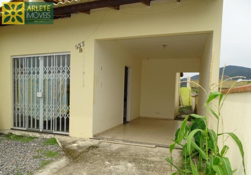 Casa Codigo 1624 a Venda no bairro-Perequê na cidade de Porto Belo