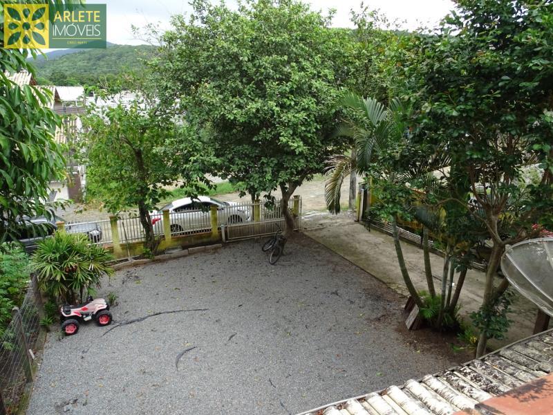 Casa Codigo 1645 a Venda no bairro-Zimbros na cidade de Bombinhas