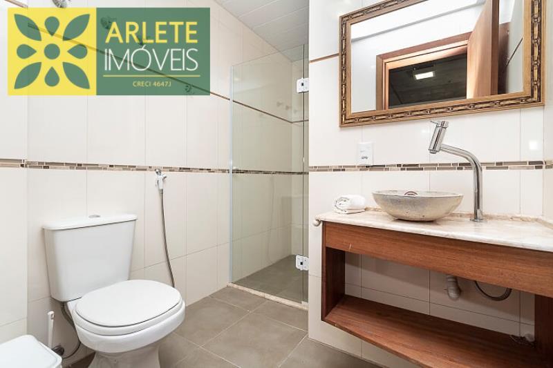 14 - banheiro aluguel bombinhas
