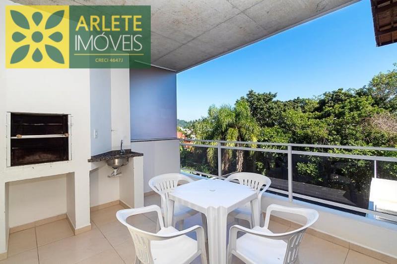 Apartamento Codigo 585 para Temporada no bairro Centro na cidade de Bombinhas
