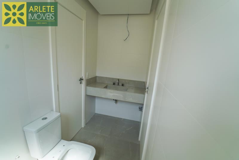 7 - banheiro venda apartamento bombinhas