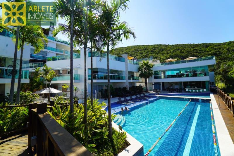 20 - piscina venda apartamento bombinhas