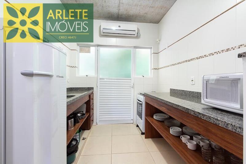 12 - cozinha apartamento aluguel bombinhas