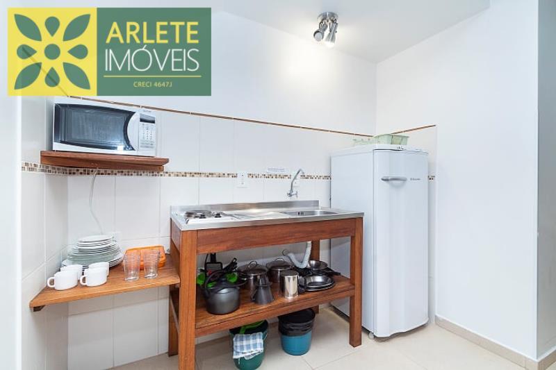 9 - cozinha apartamento aluguel bombinhas