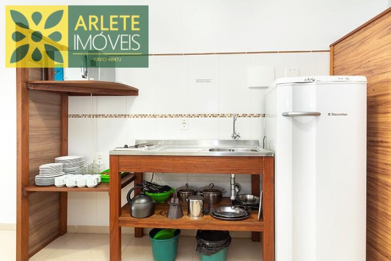 12 - cozinha apartamento locação bombinhas