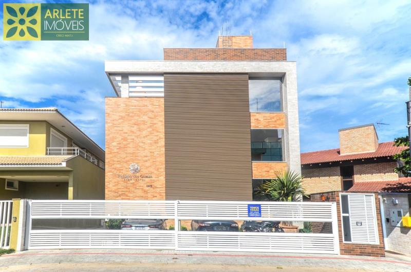 11 - fachada apartamento locação mariscal