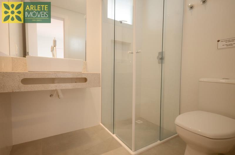 10 - banheiro social apartamento locação mariscal