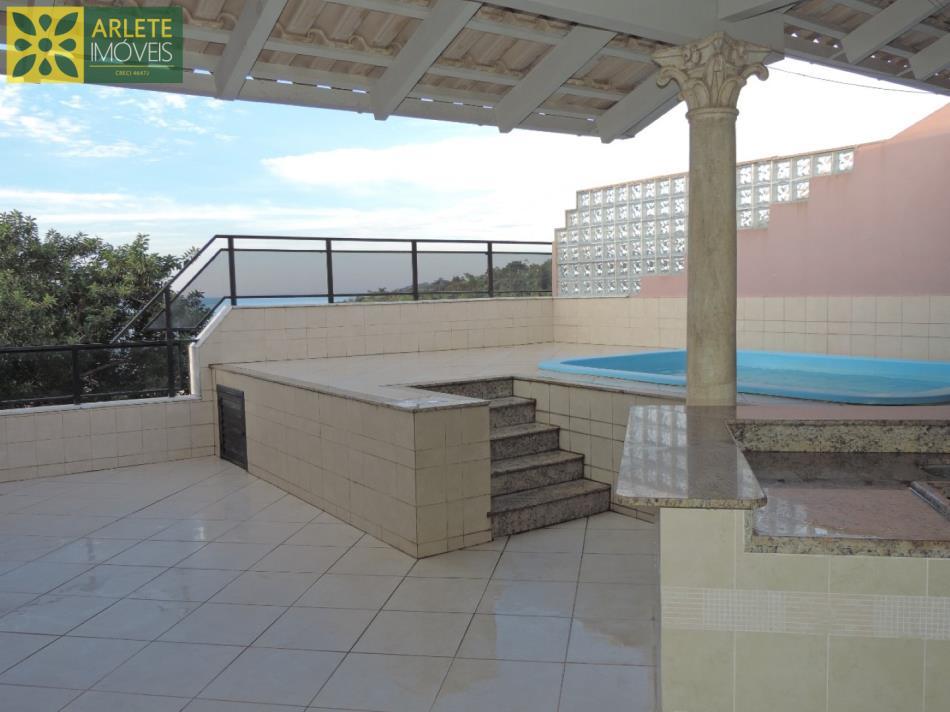 12 - imóvel a venda em Bombas com piscina churrasqueira e vista para o mar