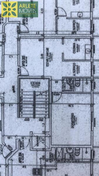 4 - Planta de apartamento, com excelente localização, no centro de Porto Belo/SC.