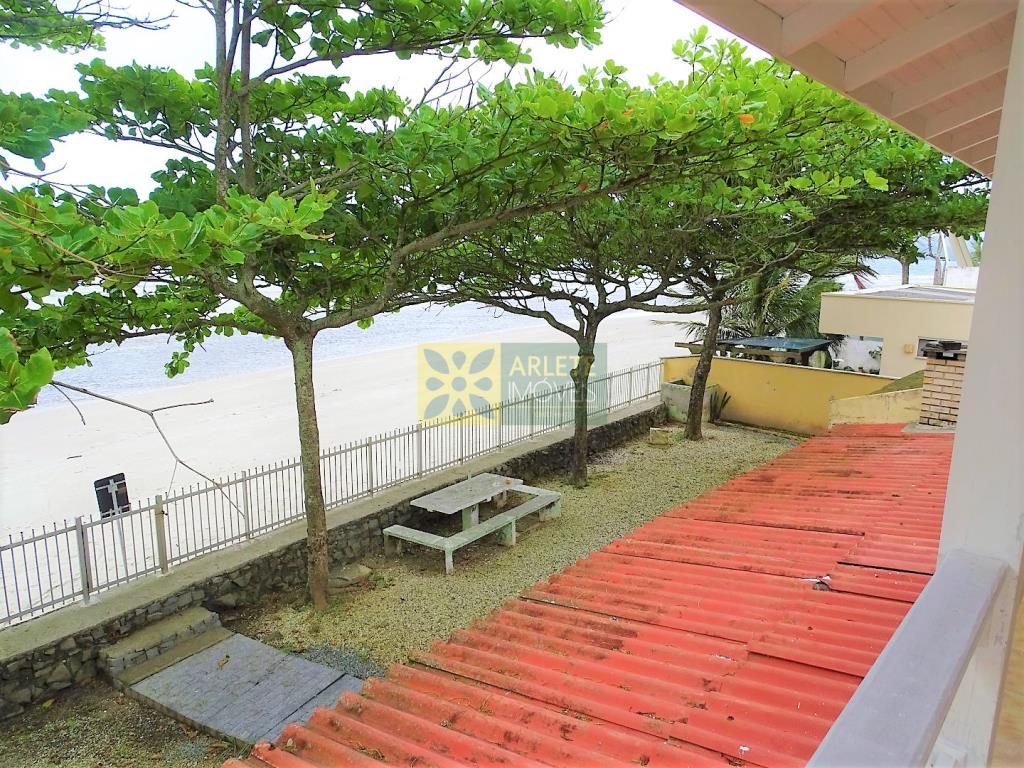 Casa Codigo 1742 a Venda no bairro-Perequê na cidade de Porto Belo