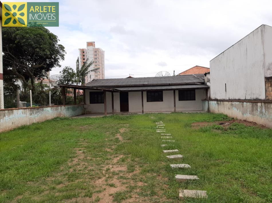Casa Codigo 1756 a Venda no bairro-Perequê na cidade de Porto Belo