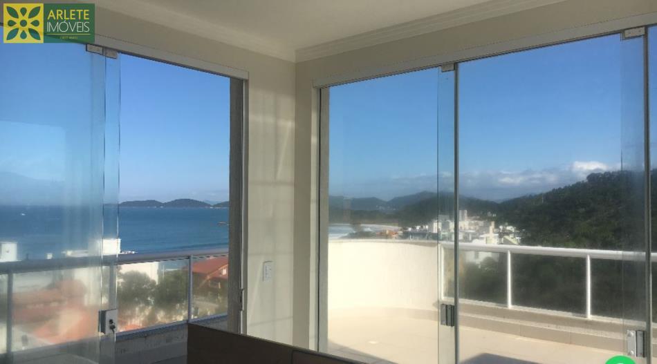 7 - com vista para o mar da sala