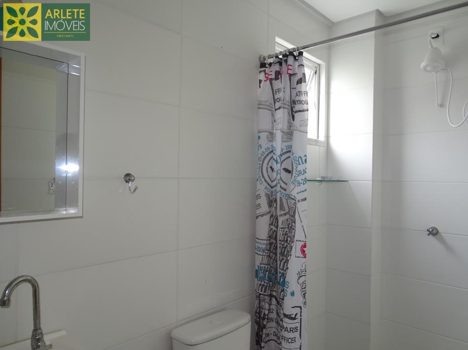11 - Banheiro pertence a suíte