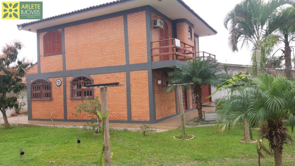 Casa Codigo 1924 a Venda no bairro-Perequê na cidade de Porto Belo