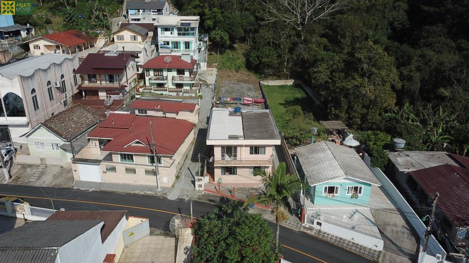 Casa Codigo 1937 a Venda no bairro-Araça na cidade de Porto Belo