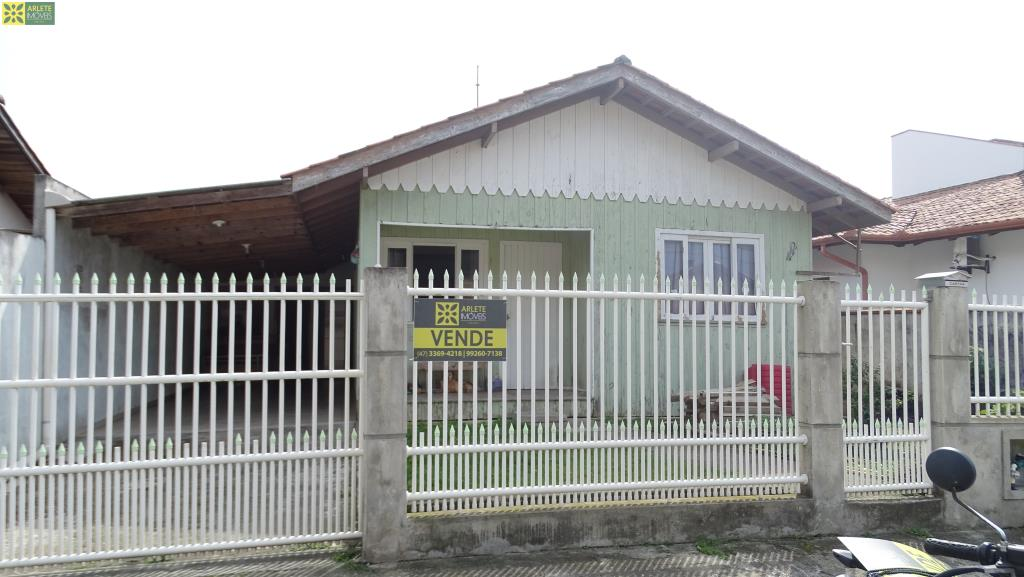Casa Codigo 1775 a Venda no bairro-Centro na cidade de Porto Belo
