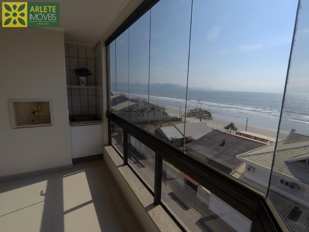 Apartamento Codigo 273 para Temporada no bairro Perequê na cidade de Porto Belo