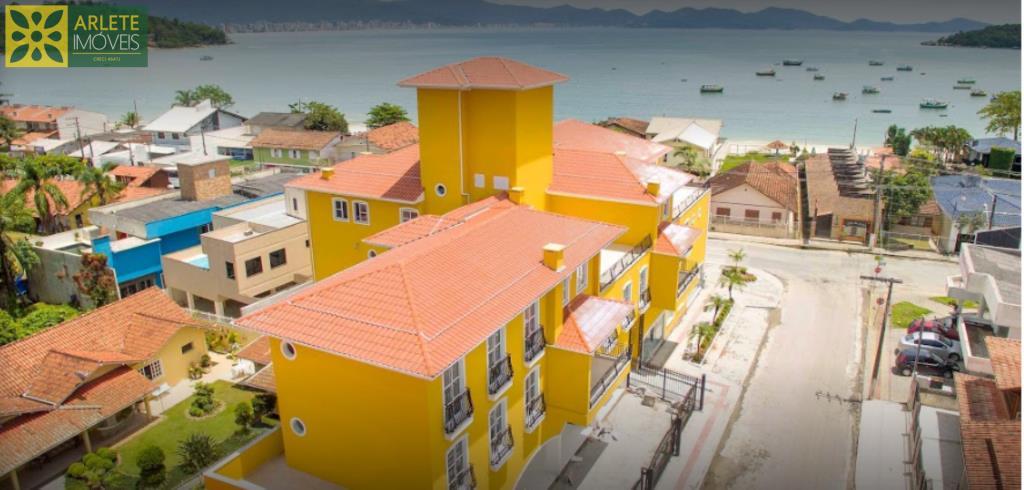 Apartamento Codigo 98 para Temporada no bairro Centro na cidade de Porto Belo