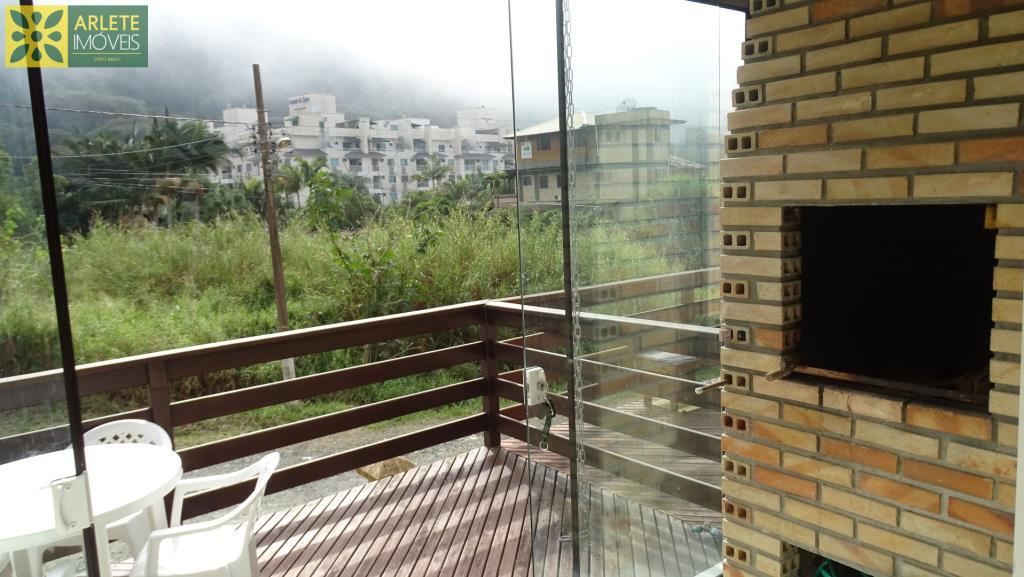 Apartamento Codigo 413 para Temporada no bairro Bombas na cidade de Bombinhas