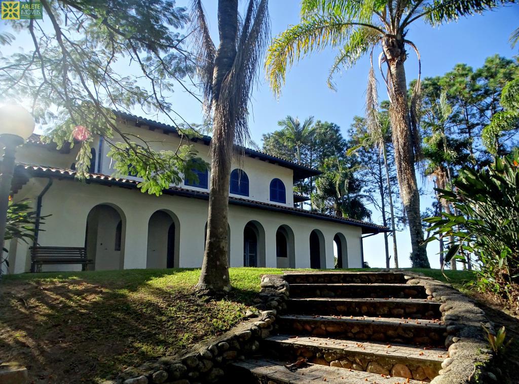 Casa Codigo 493 para Temporada no bairro Quatro Ilhas na cidade de Bombinhas