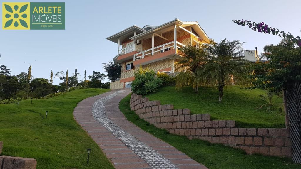Casa Codigo 2234 a Venda no bairro-Centro na cidade de Bombinhas