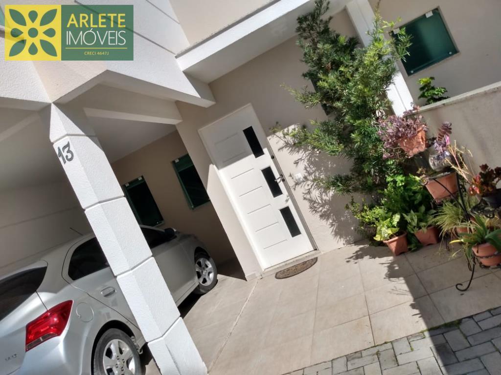 Casa Codigo 2540 a Venda no bairro-Perequê na cidade de Porto Belo