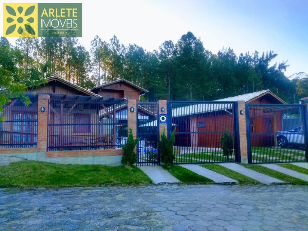 Casa Codigo 20 para Temporada no bairro Vila Nova na cidade de Porto Belo
