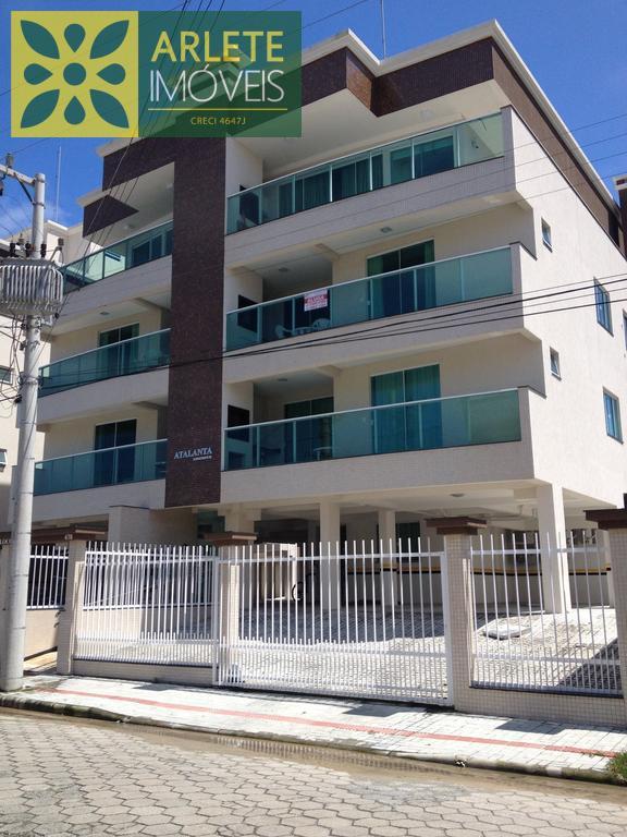 Apartment Codigo 306 para Temporada no bairro Centro na cidade de Bombinhas
