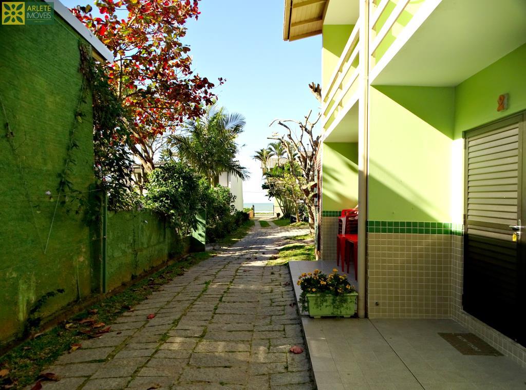 Sobrado Codigo 657 para Temporada no bairro Canto Grande na cidade de Bombinhas