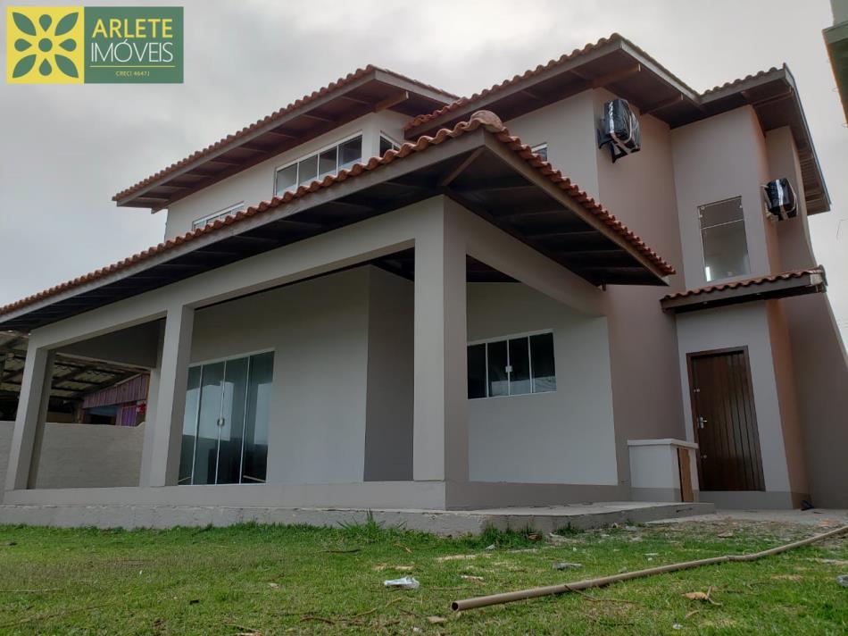 Casa Codigo 2281 a Venda no bairro-Quatro Ilhas na cidade de Bombinhas
