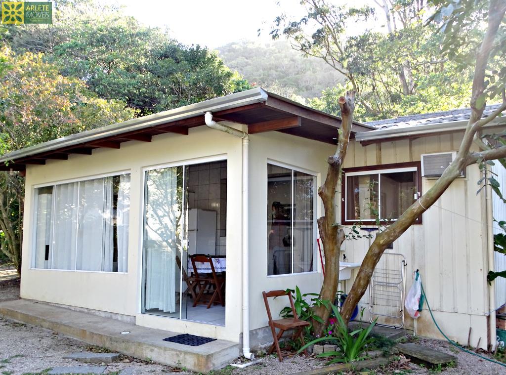 House Codigo 661 para Temporada no bairro Canto Grande na cidade de Bombinhas