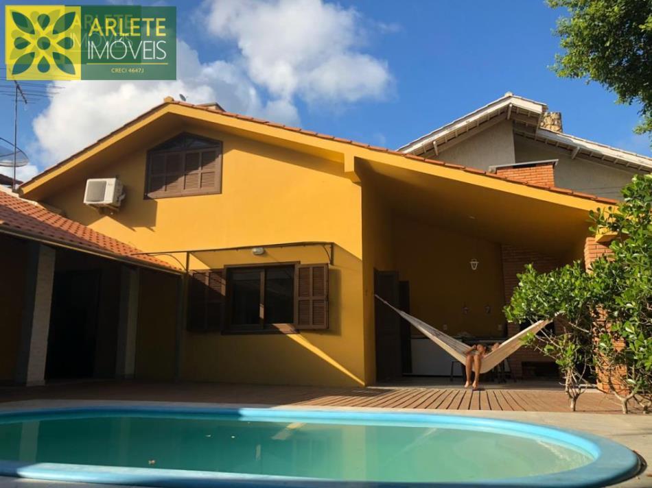 Casa Codigo 2481 para Temporada no bairro Bombas na cidade de Bombinhas
