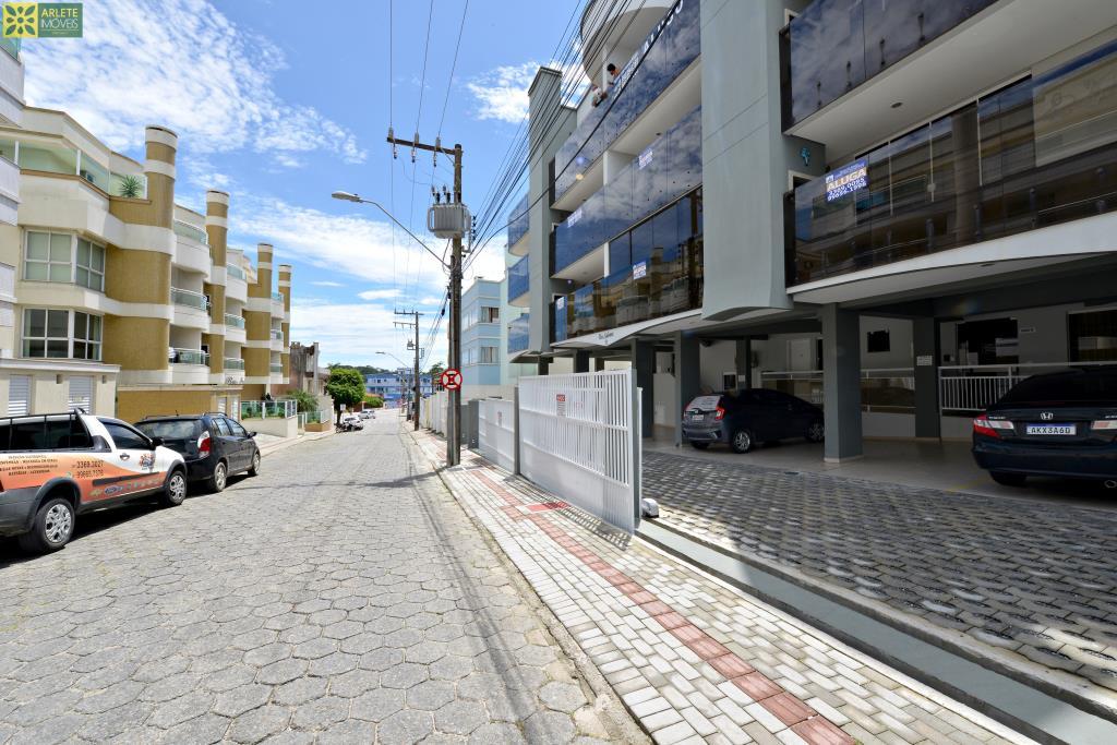 Apartamento Codigo 300 para Temporada no bairro Centro na cidade de Bombinhas