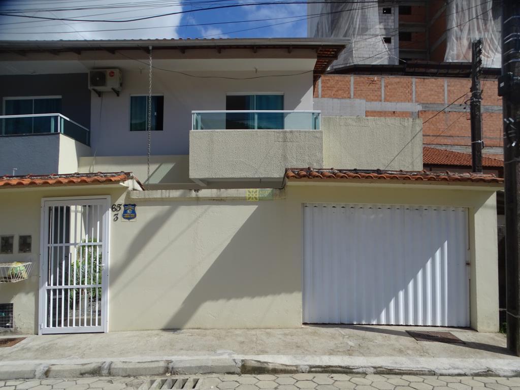 Casa Codigo 3310 a Venda no bairro-Vila Nova na cidade de Porto Belo